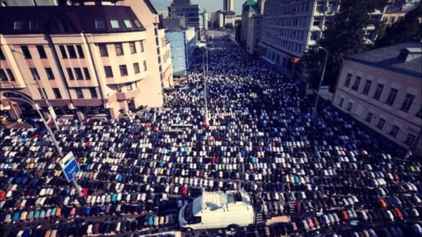 moscow-muslims-800x450