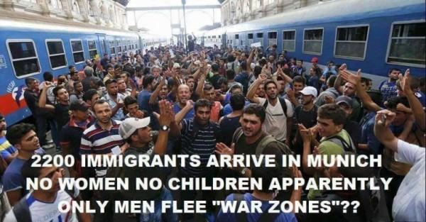 muslim-men-arriving-munich-train-station-where-women-children-1-e1445802717459
